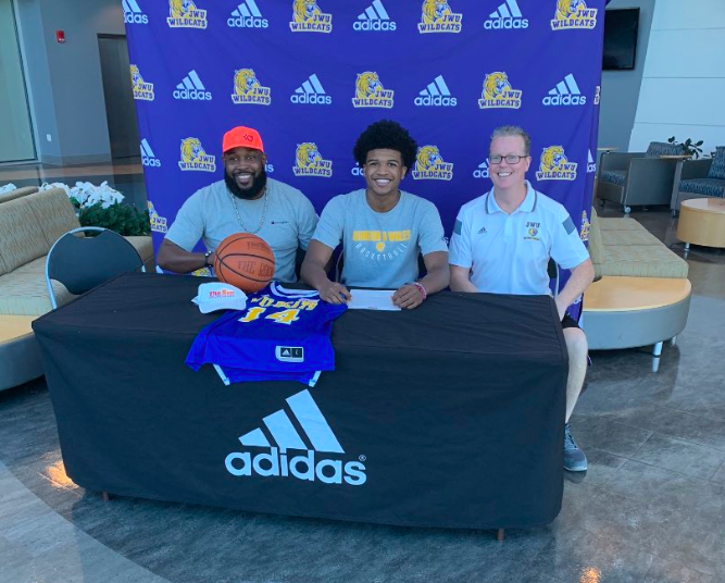 Wolves defeat Plano East, senior guard Tyler Poindexter commits to JWU, and more top basketball news