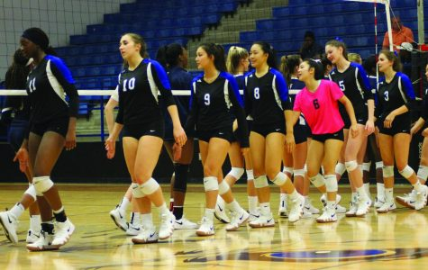 Under New Leadership, Volleyball Wants to Spike it Up at State